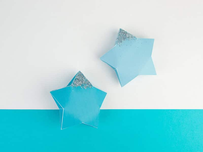 DIY Frozen Star Decoration