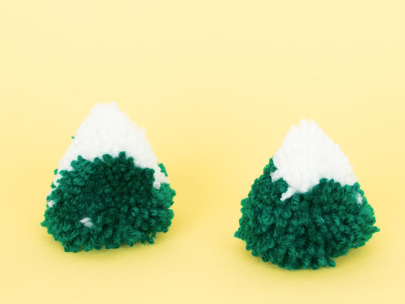 Mountains pompons