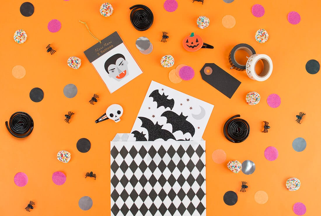 surprise-pouch-halloween-diy